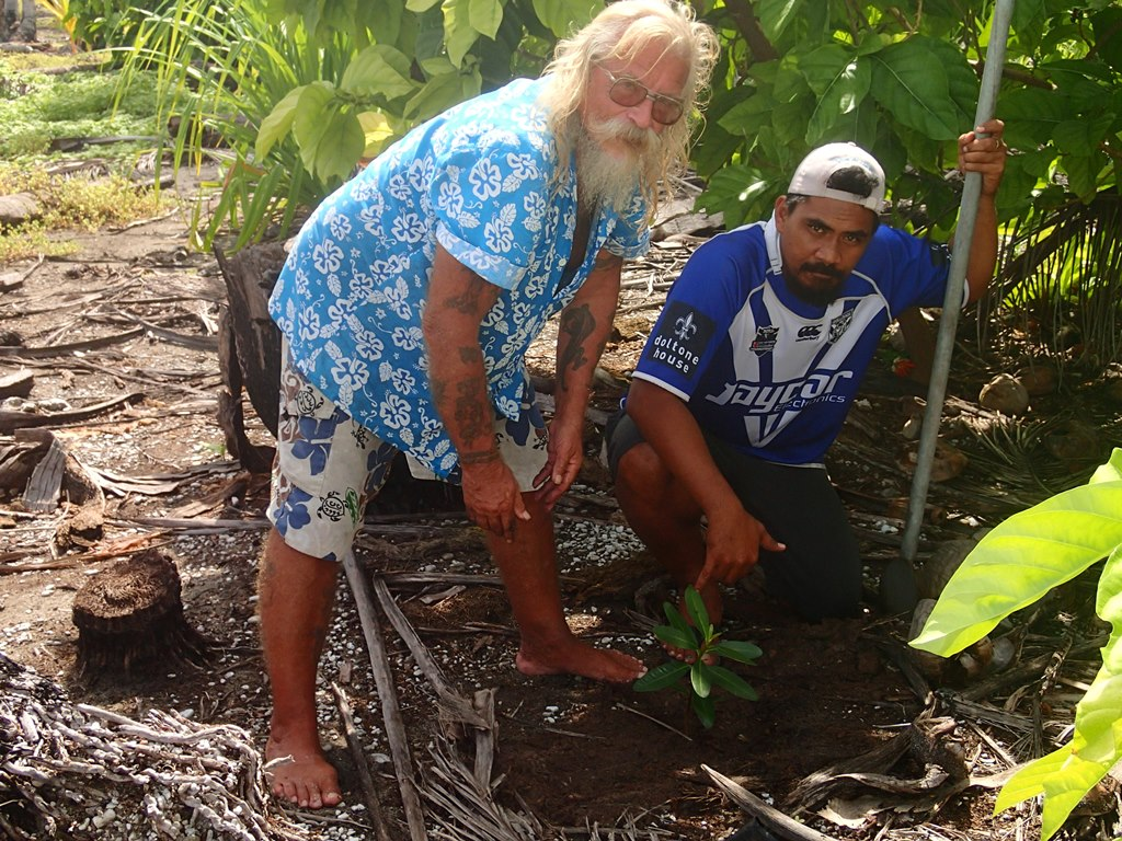 The project aims to protect coastlines in the Cook Islands. Photo: SRIC-CC